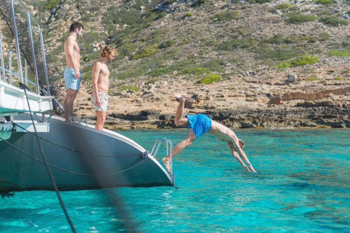 mallorca-catamarans-swim