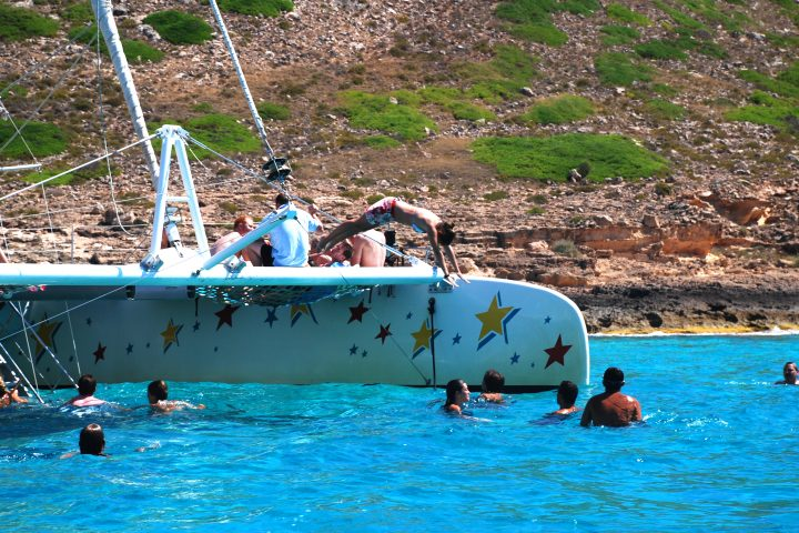 catamarans-mallorca-swimming-time