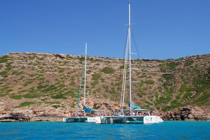 mallorca-beaches-catamarans